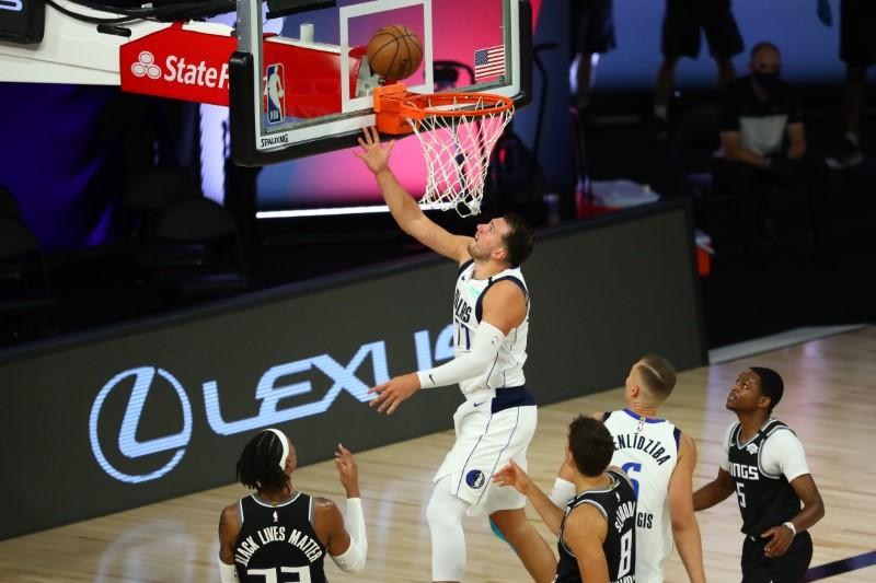 NBA roundup: Doncic, Mavs nip Kings in overtime