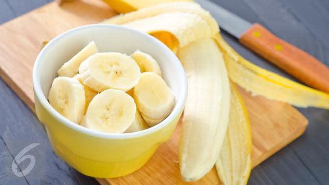 Berikut manfaat pisang dan alpukat untuk kecantikan kulit, khususnya kulit kering yang belum diketahui. (Foto: iStockphoto)