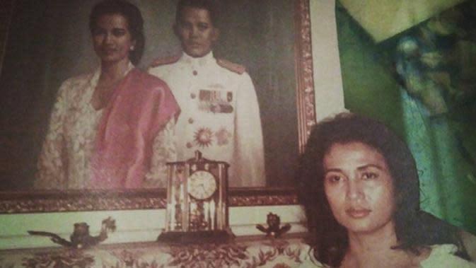 Kakak Ria Irawan ini juga menceritakan terkait pemilihan peran untuk istri Jendral AH Nasution. Postur tubuh yang menjadi alasannya. Namun istri Pak Nasution melihat Ade Irawan mirip dirinya saat kejadian tahun 1965. (Instagram/dewiirawan13)