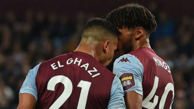 Dua pemain Aston Villa, Anwar El Ghazi dan Tyron Mings, berseteru