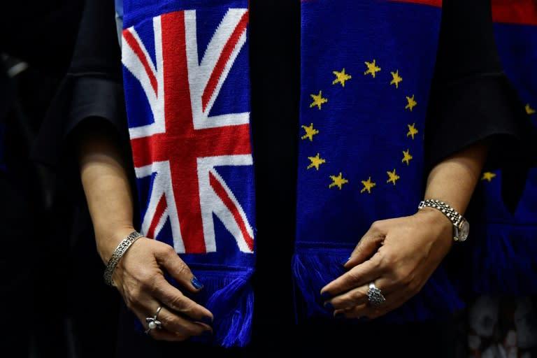 UK, EU leaders agree to keep talking in bid for Brexit deal