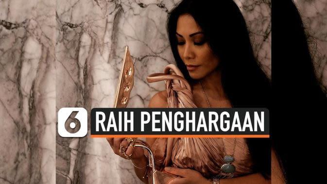 VIDEO: Anggun Bawa Pulang Penghargaan Asian Television Awards