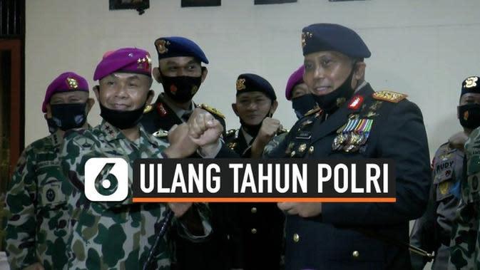 VIDEO: Kejutan Komandan Korps Marinir di HUT Polri