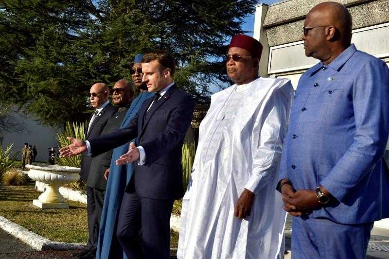 France's Macron to press West African leaders over Sahel insurgency