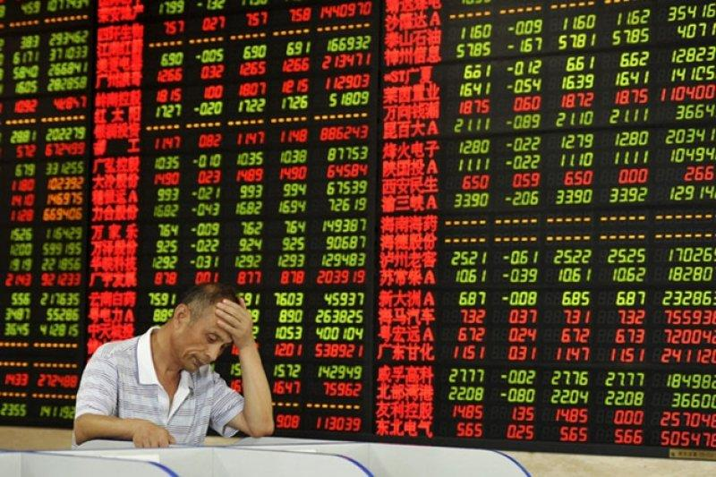 Bursa saham China Kamis sore jatuh, setelah sehari sebelumnya menguat