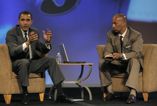 "FILE - This Aug. 10, 2007 file photo shows then Democratic presidential hopeful Sen. Barack Obama, D-Ill., left, answeing questions from members of the National Association of Black Journalists at the 32nd NABJ Convention at Bally's hotel-casino in Las Vegas, with moderator Byron Pitts, of CBS News. Pitts is jumping from CBS to ABC News, where he will be chief national correspondent and a fill-in anchor for various broadcasts. He spent 15 years at CBS News, where he covered political conventions and the wars in Iraq and Afghanistan. ABC News President Ben Sherwood said in a memo to his staff Monday announcing the hire that Pitts ""has a unique talent for stories about people and communities facing the longest odds."" (AP Photo/Jae C. Hong, file)"