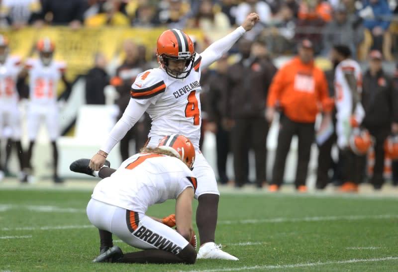 Bengals claim ex-Browns PK Seibert, will stick with Bullock
