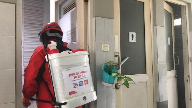 PT Pertamina (Persero) melakukan penyemprotan disinfektan ke lebih dari 100 SPBU di wilayah DKI Jakarta. Dok Pertamina
