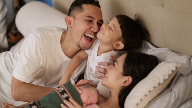 Andien ingin banyak cerita saat proses melahirkan. Namun, karena kondisinya, ia akan membagikan cerita melalui vlognya saat kondisinya sudah baik. (Instagram/andienaisyah)