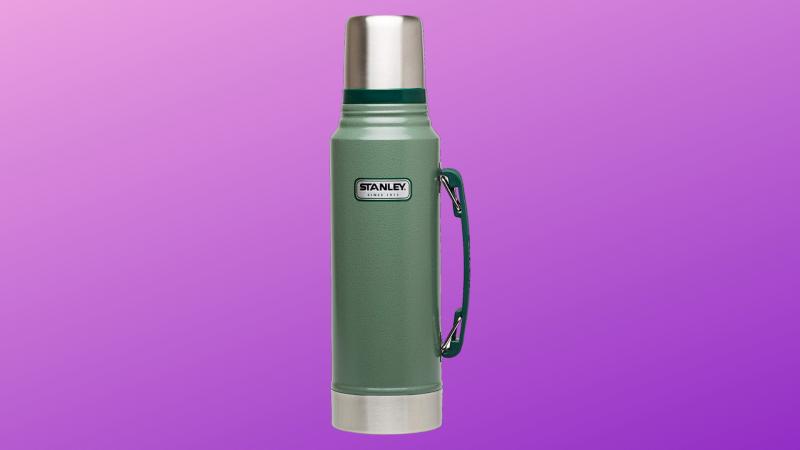 Stanley Classic Vacuum Bottle. (Photo: Amazon/Yahoo Lifestyle)