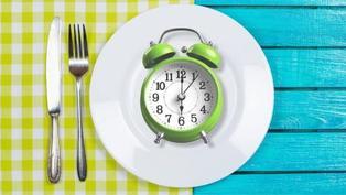 減肥與禁食:間歇性禁食的方式、好處與禁忌