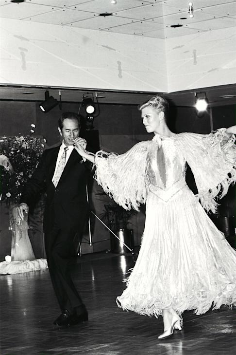 Stanley Ho on the dance floor with champion ballroom dancer Angela Pryer at the Victoria Hotel during a birthday party for his third wife Ina Chan on 18 May 1988. Photo: SCMP