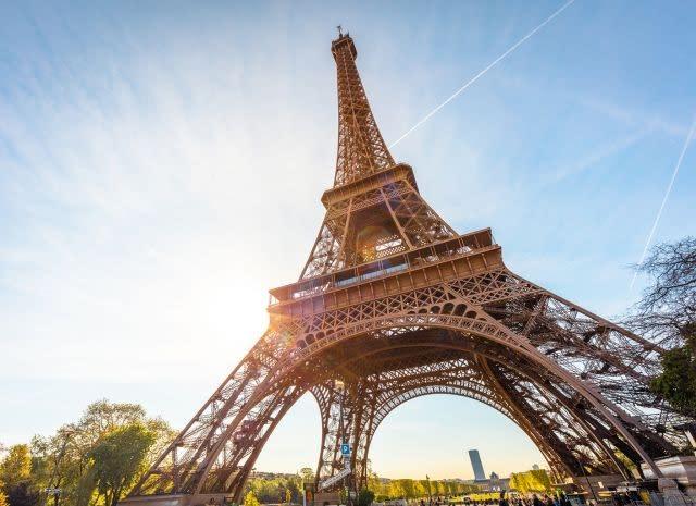 Eiffel Tower's top floor to reopen next week