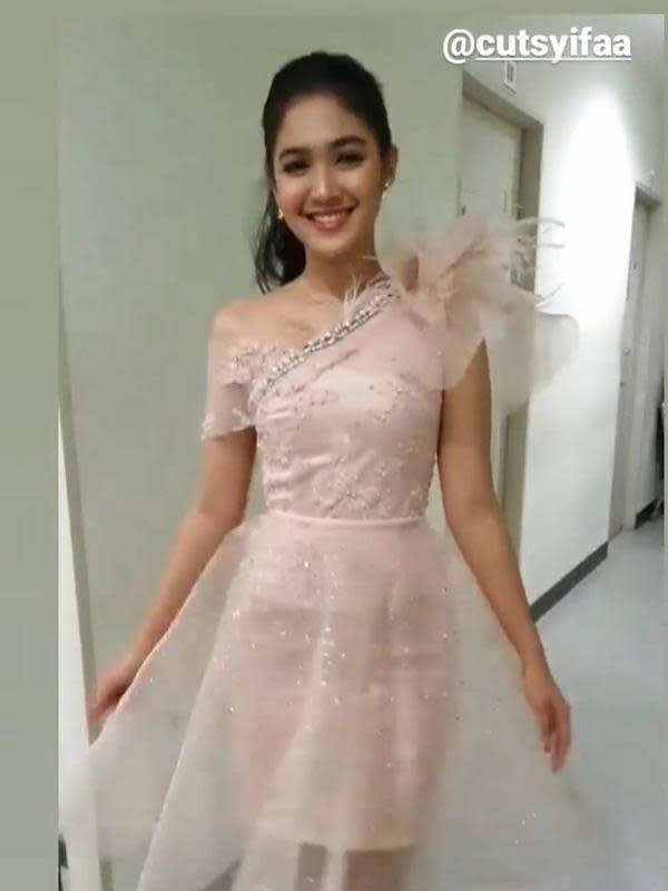 Gaya Seleb Wanita Bintang Sinetron saat HUT SCTV (Sumber: Instagram/cutsyifa
