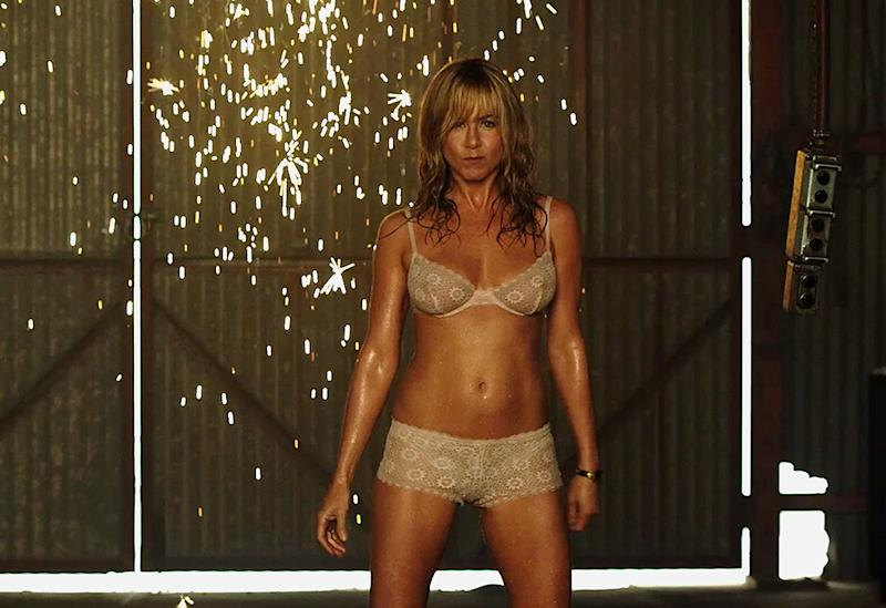 Jennifer Aniston's Modest Moment … As a Stripper