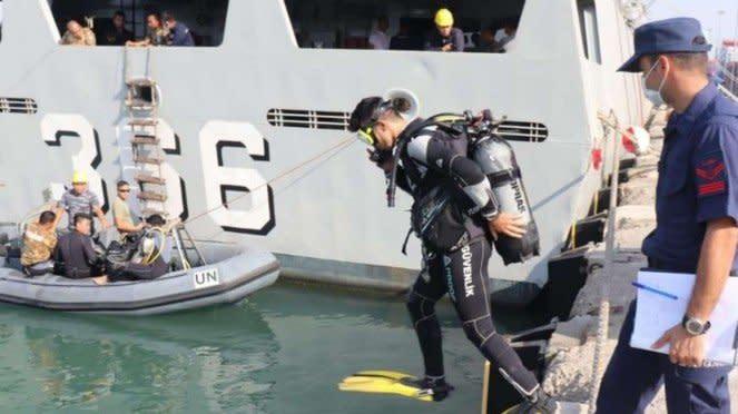 VIVA Militer: Prajurit KRI Sultan Hasanuddin 366 dan Coast Guard Turki