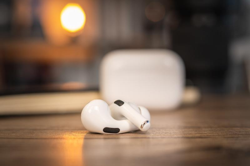 Apple reportedly names over-ear headphones AirPods Studio, with $349 price tag