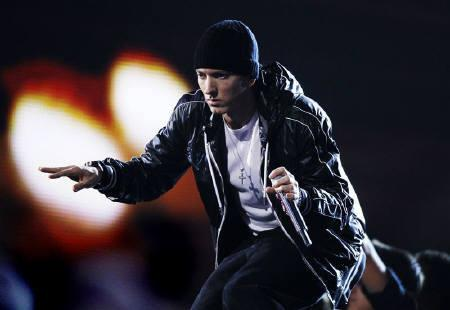 Eminem says foul language has no place at home