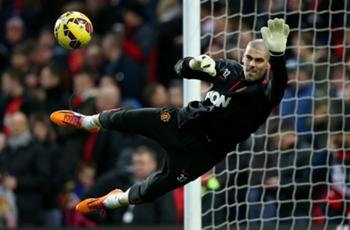 Valdes happy playing for Manchester United's Under-21s