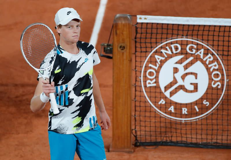 Teenager Sinner sinks 11th seed Goffin on French Open debut