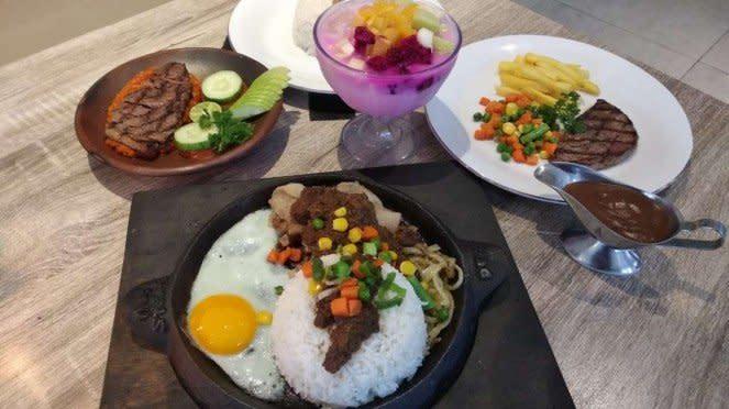 Hidangan di Steak Ono
