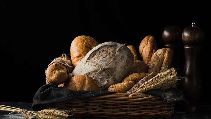 Ilustrasi Roti (Photo by Mae Mu on Unsplash)