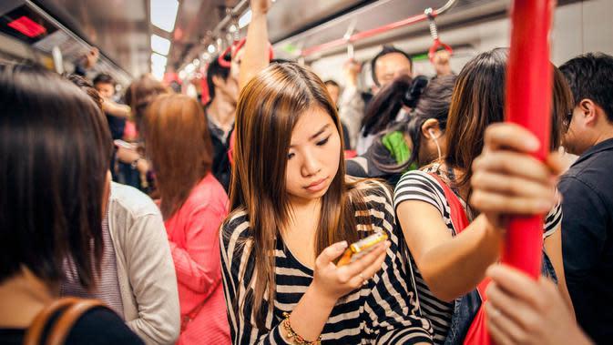 Beberapa tips berikut ini dapat membantu Anda mengurangi kecanduan Anda pada ponsel.