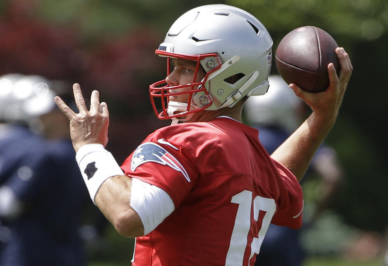 New England Patriots quarterback Tom Brady is looking for another Super Bowl ring. (AP)