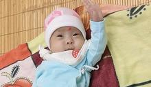 出生時僅480克!越南「奇蹟寶寶」健康出院