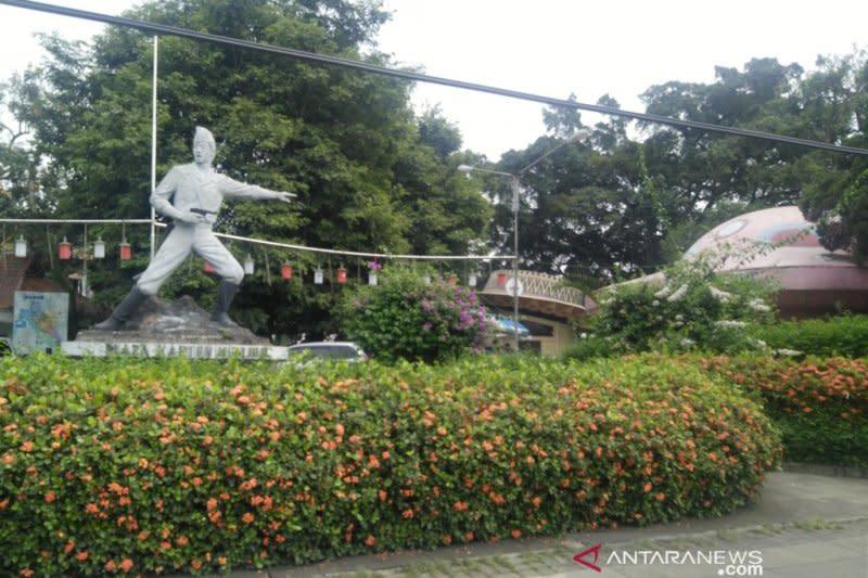 Pemkot Bogor tunda pembongkaran Taman Topi