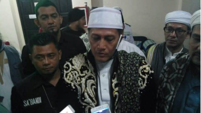 Sultan Pontianak Akan Laporkan Abu Janda Atas Tuduhan Penghinaan