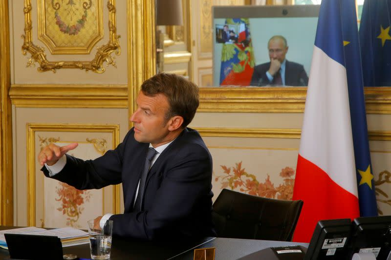France's Macron says he plans to travel to Russia soon