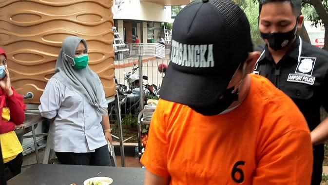 Pelaku pelecehan dan pemerasan penumpang di Bandara Soetta. (Liputan6.com/ Pramita Tristiawati)