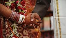婚禮路上中槍 印度新郎卡彈也要把老婆娶回家