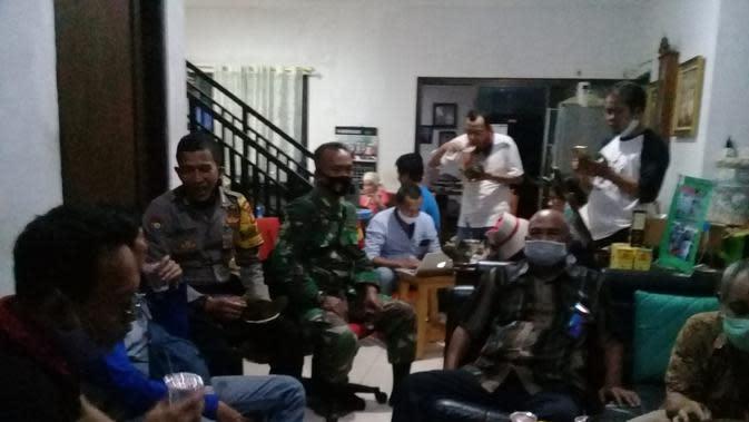 Mediasi Insiden Peluru Nyasar di Perumahan Warga Bekasi