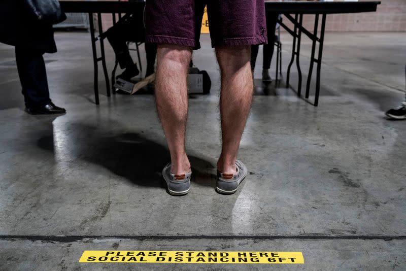 Pennsylvania court extends presidential mail ballot deadline in pandemic