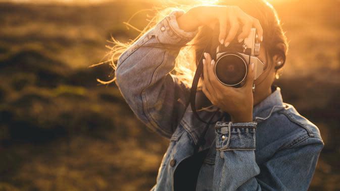 Tanpa disadari, fotografi menjadi salah satu self healing di mana seseorang dapat mengekspresikan perasaannya lewat sebuah gambar yang dibidiknya.