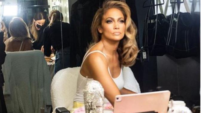 Jennifer Lopez. (dok.Instagram @jlo/https://www.instagram.com/p/CEAbTRBpQBo/Henry)