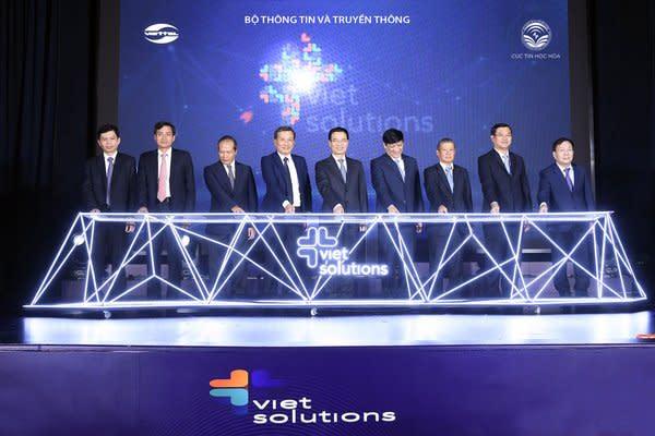 越南信息通信部長和Viettel Group首席執行官啟動Viet Solutions 2020大賽
