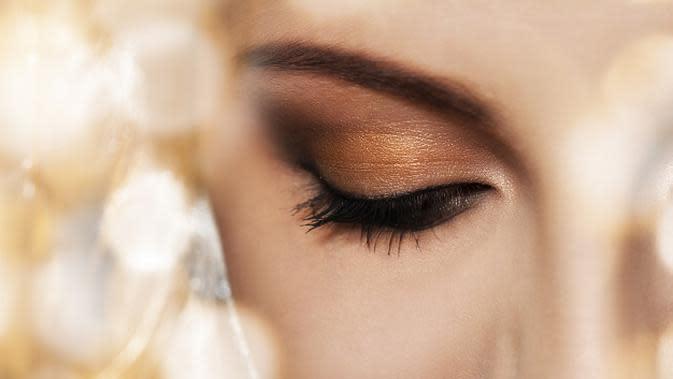 Ilustrasi Pengaplikasian Eyeshadow Credit: freepik.com