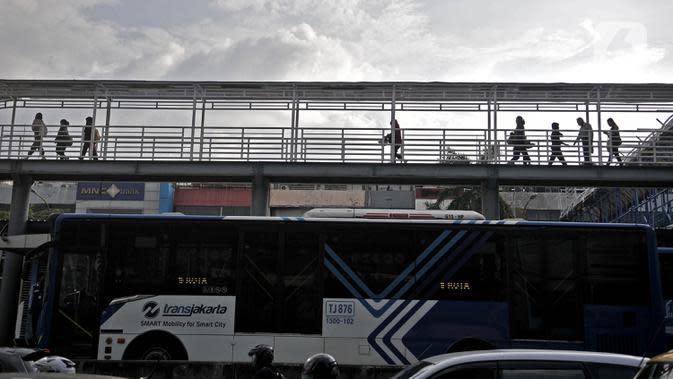 Sempat Terganggu Demo, Transjakarta Kembali Beroperasi Normal Hari Ini