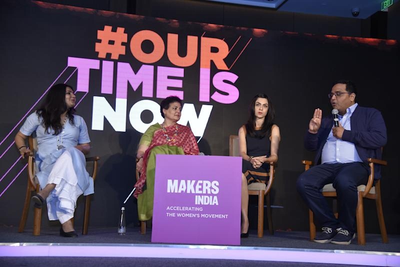 L to R: Shradha Sharma, Founder and CEO of YourStory; Rekha Sharma, Chairperson of National Commission of Women; Shereen Bhan, Managing Editor of CNBC TV18; and Vijay Shekhar Sharma, Founder and CEO of Paytm.