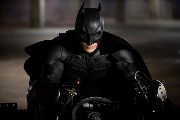 'Dark Knight Rises' pans inspire death threats, site shuts down comments