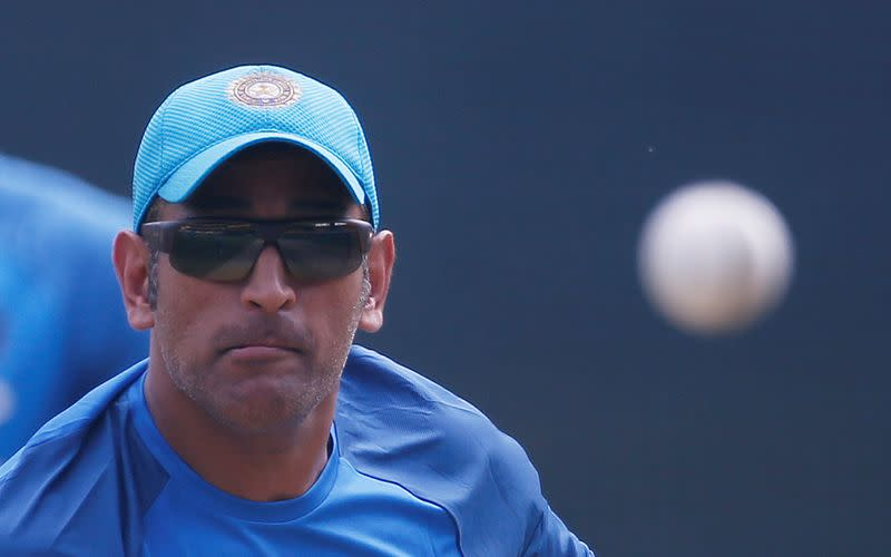 Cricket: Dhoni's IPL team expects him to play until 2022