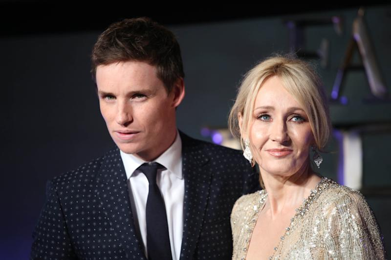 """Photo by: KGC-161/STAR MAX/IPx 11/15/16 Eddie Redmayne and J.K Rowling at the European premiere of """"Fantastic Beasts and Where to Find Them"""". (London, England)"""
