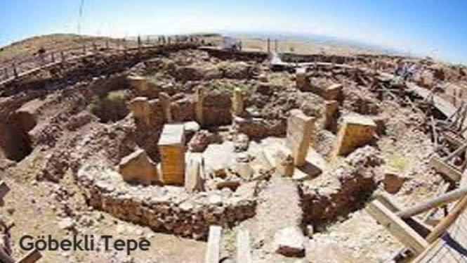 8 Kuil Tertua di Dunia yang Wajib Anda Tahu