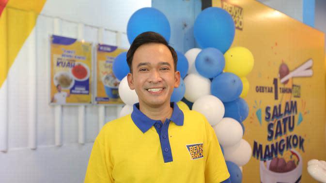 Ruben Onsu merayakan ulangtahun Bensu Bakso yang merupakan bisnis kulinernya (Kapanlagi.com)