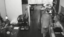 獨 / 新北賊超狡猾!觸警鈴計算「保全空窗期」老餐廳慘遭竊