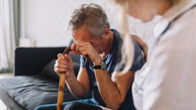 Kunci Penting Lansia Tetap Sehat Hingga RS Wisma Atlet Dikira Hotel