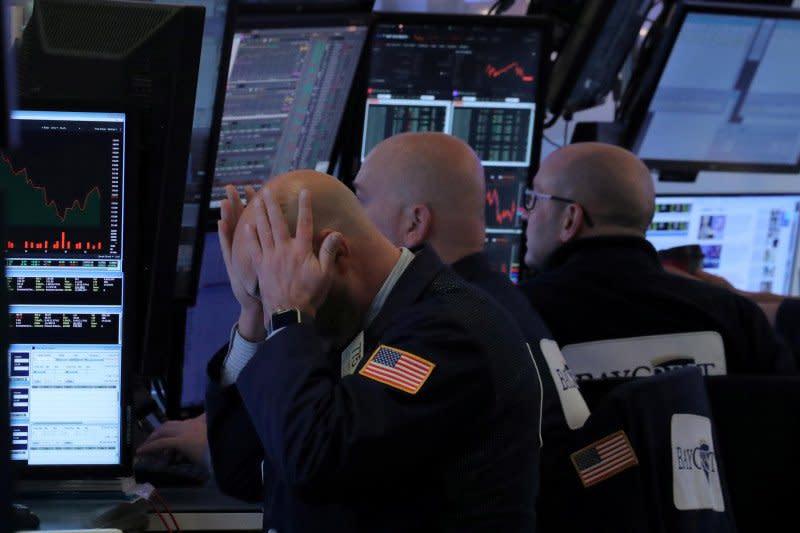 Wall Street anjlok 4 hari beruntun, ketakutan Virus Corona meningkat